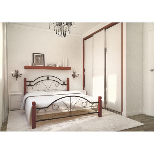 Кровать металлическая Диана на деревянных ножкахМеталлдизайн